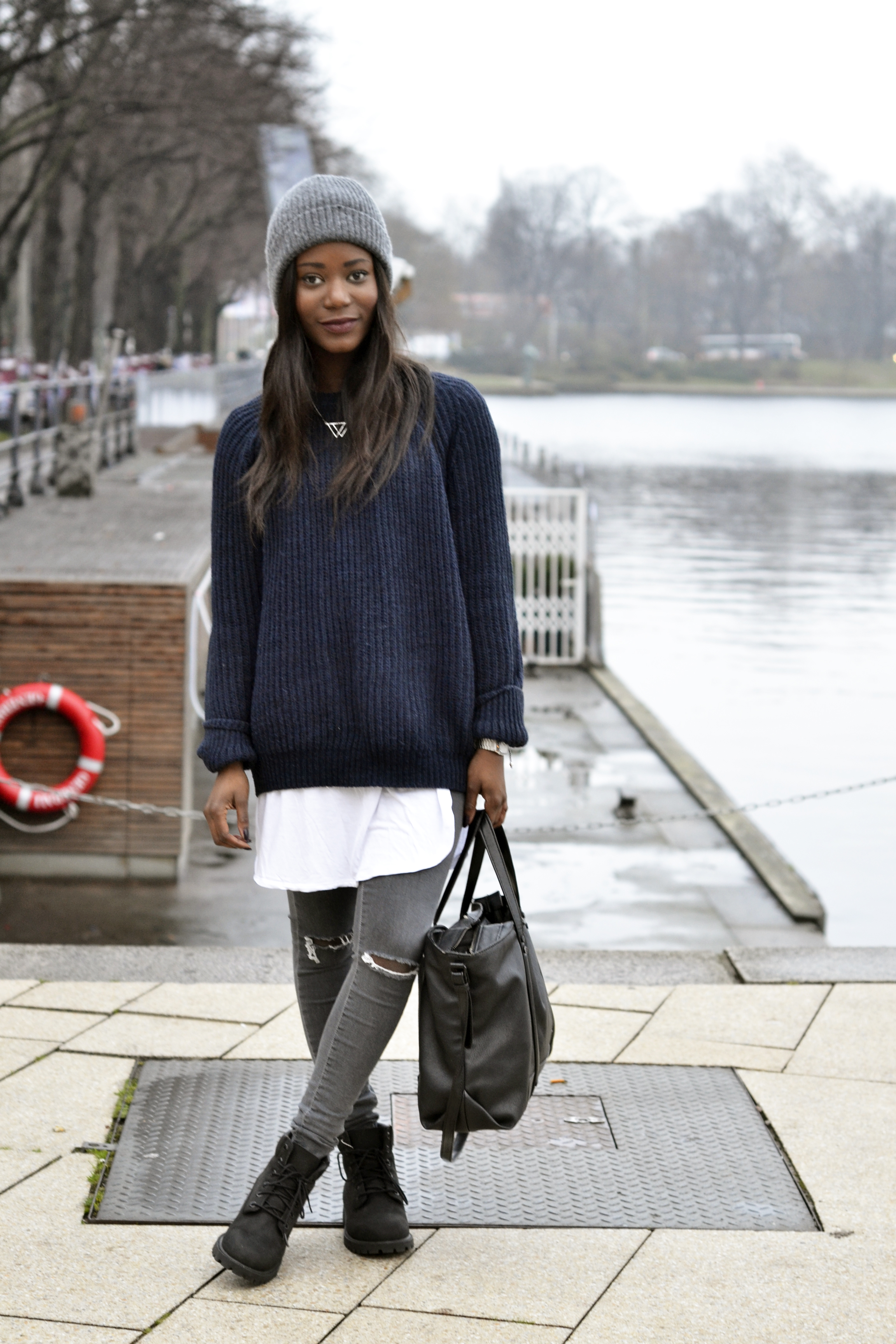 Oversize Sweater And Black Timberlands Emma Brown