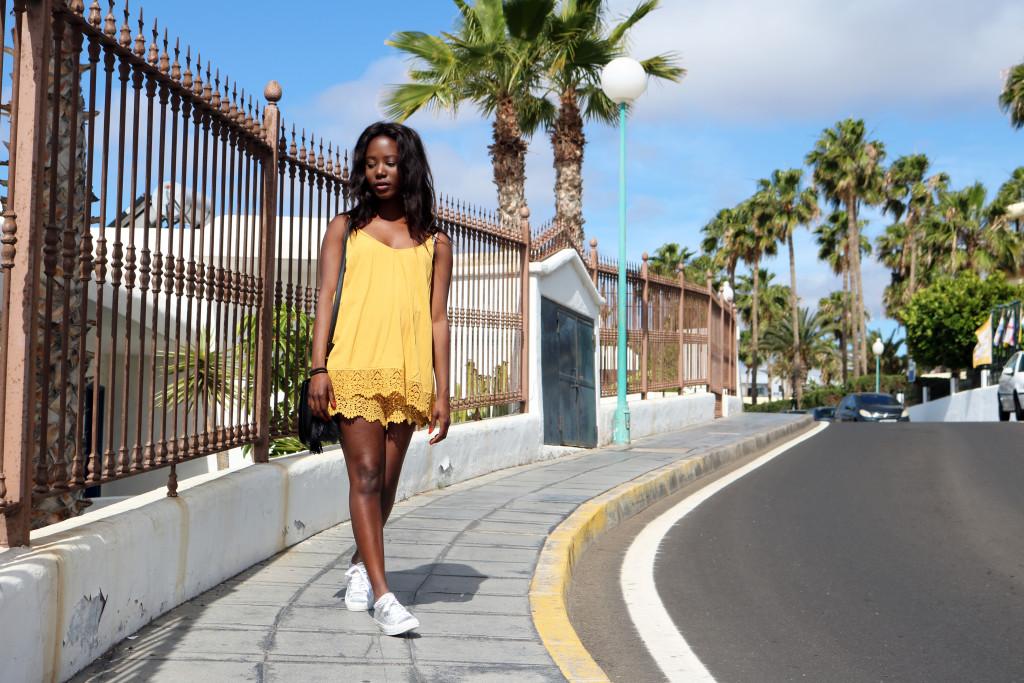 www.emmabrwn.com_laceJumpsuit02